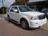 Lincoln Navigator 4x4 V8