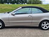 Mercedes-Benz CLK AVANTGARDE CONVERTIBLE