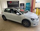 Volkswagen Golf 2.0L SE NAVIGATION TDI BLUEMOTION TECHNOLOGY 5d 148 BHP OPENING PAN ROOF MODEL
